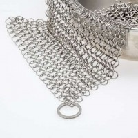"Customized 7""x7"" Stainless Steel Cast Iron Cleaner Chainmail Scrubber for Cast Iron Pan Scraper Cast Iron Grill Scraper"